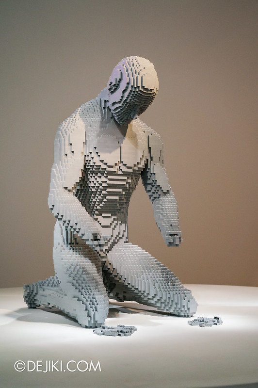 Art of The Brick - Hands