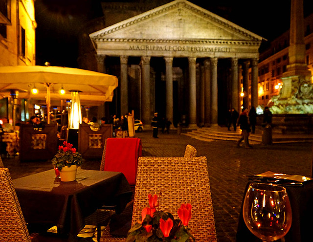 cafe-night-pantheon-rome-2013-02-19