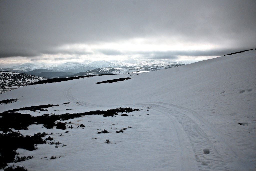 Descent Track