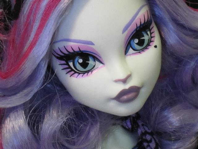 Monster High Scaris Catrine