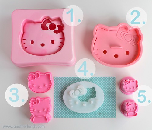 Hello Kitty Sandwich & Cookie bento Cutter Size Comparison