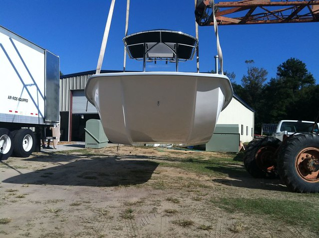 Why would this hull design be better for a skiff (pic