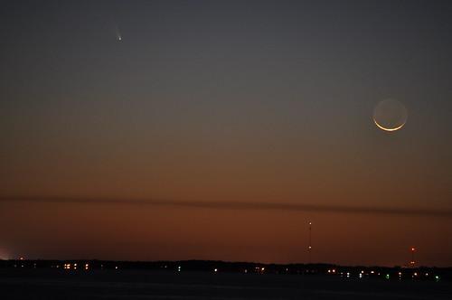 sunset usa moon water night nikon wasser unitedstates florida comet navarrebeach santarosacounty panstarrs santarosasound d5000 fisherbray c2011l4 cometpanstarrs