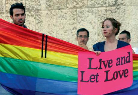 'Viva e deixe amar', diz o cartaz. Foto: Reprodução da cartilha.