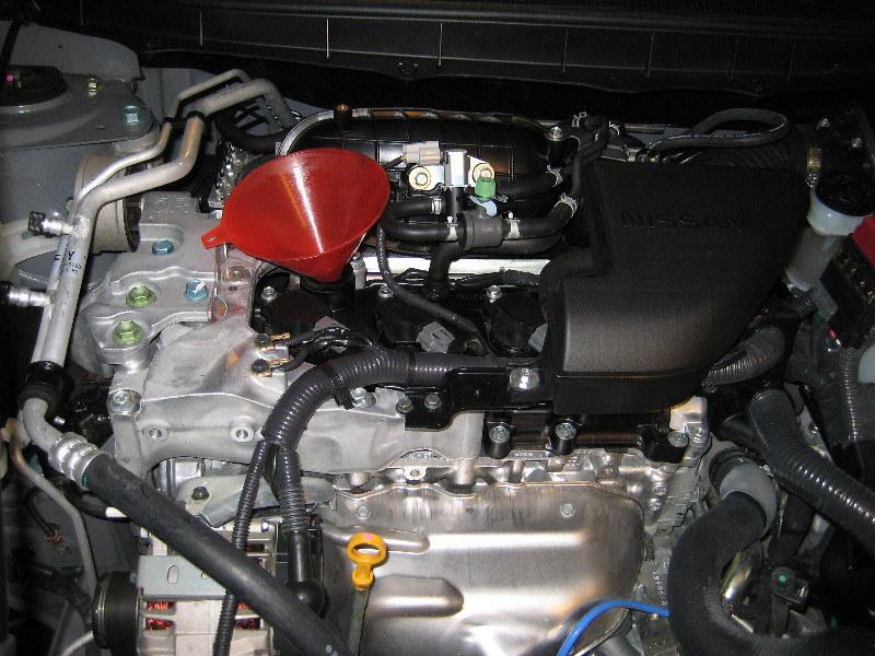 2011 nissan rogue qr25de 2 5l i4 engine changing motor o\u2026 flickr 2011 Mazda Cx 9 Fuel Filter 2011 nissan rogue qr25de 2 5l i4 engine changing motor oil \u0026 replacing filter