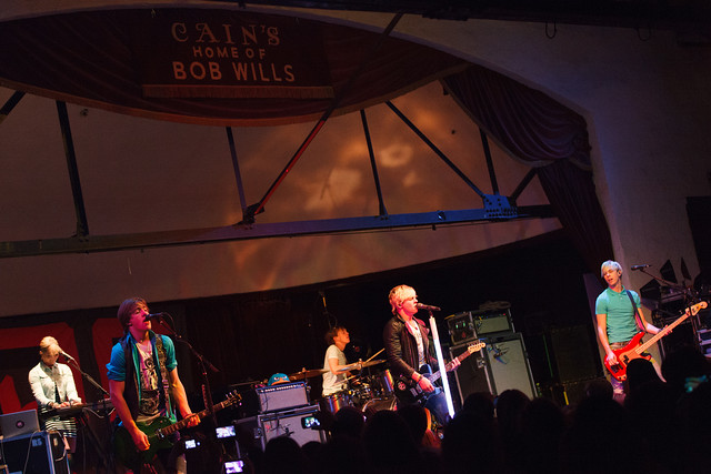 R5 performs at the Cain's Ballroom