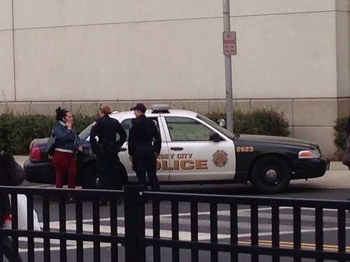 Police calm a domestic situation near Newport Mall