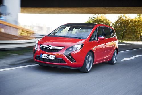 Opel Zafira Tourer BiTurbo 2.0 CDTI 195 CV
