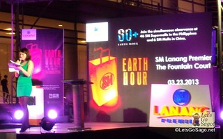 Earth Hour 2013 in an SM Mall