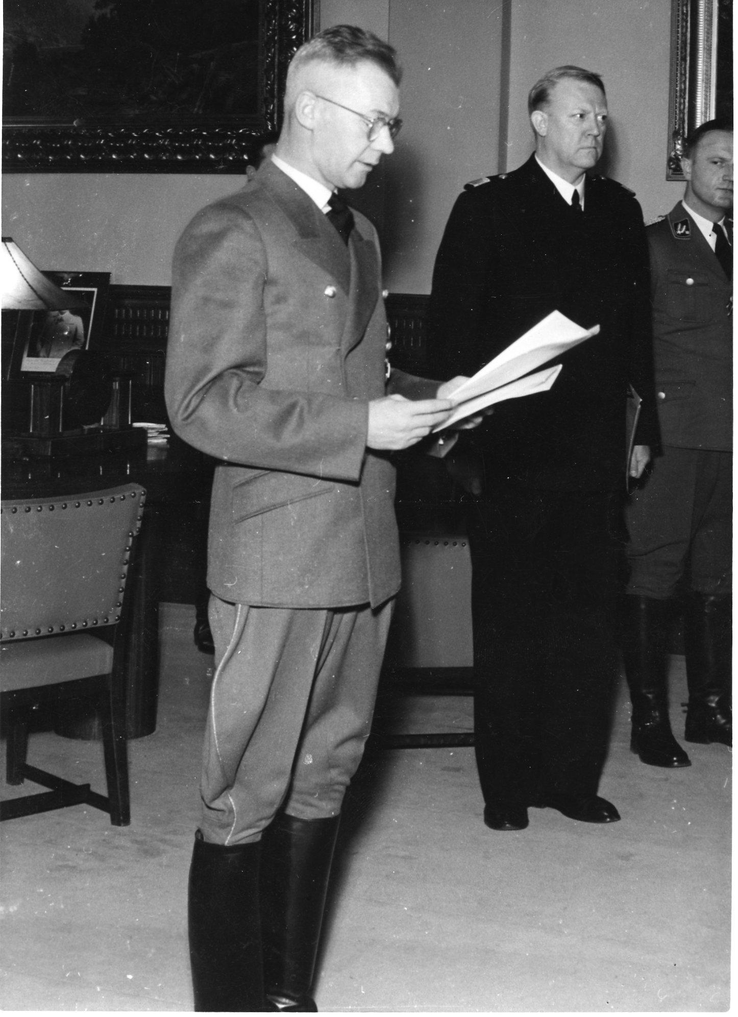 Statsakten. Stortinget. 1942/02/01.