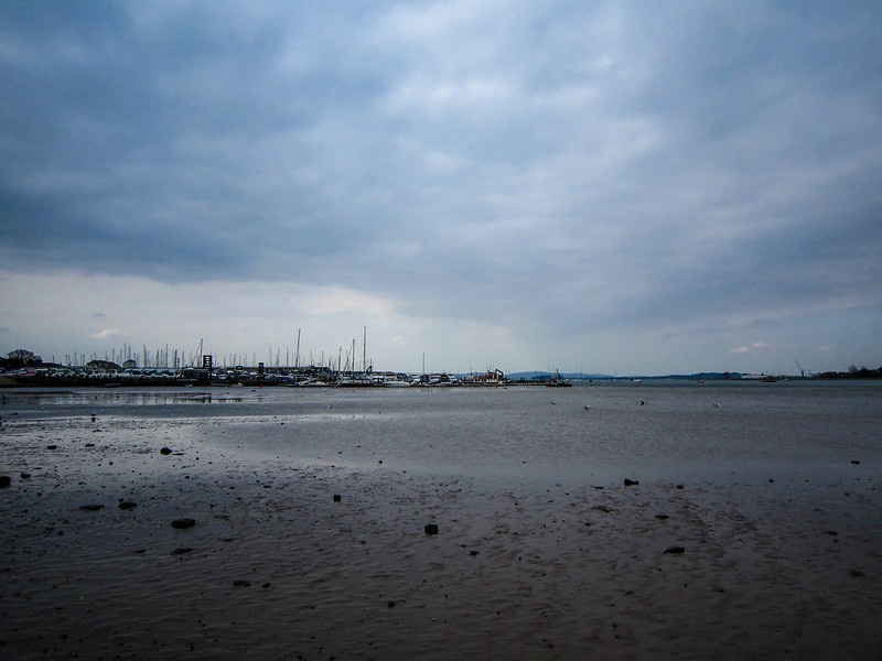 A cold, grey day down at Parkstone Bay