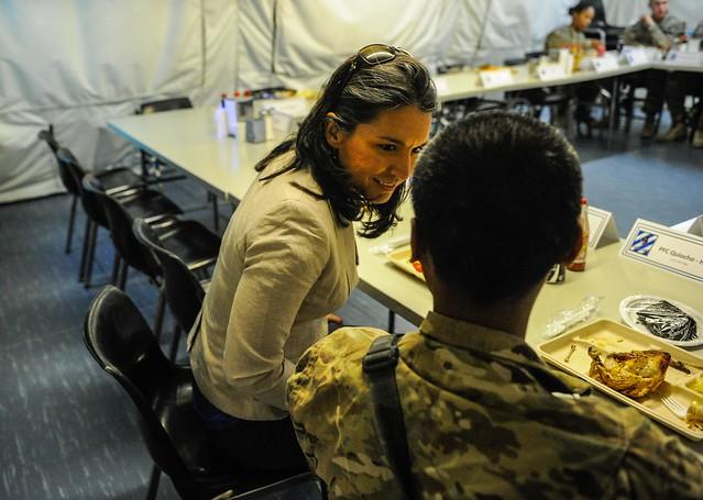 Rep. Tulsi Gabbard eats lunch with PFC Dennis Quiocho, a Hilo High School graduate.