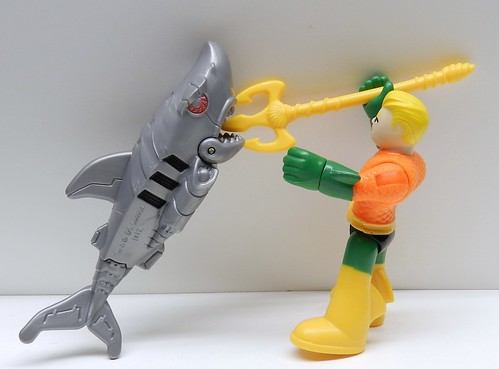 Aquaman versus The Robot Shark
