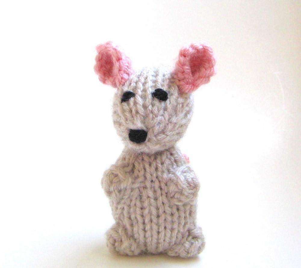 Little mouse free amigurumi pattern | Amigurumi Space | 890x1000