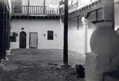Verdadero Mesón de Sevillano  © Fondo Rodríguez. Archivo Histórico Provincial. JCCM. Signatura 01A-006