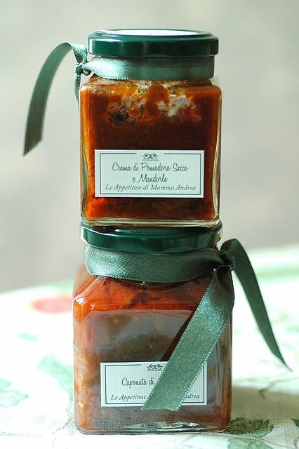 Le Appetitose di Mamma Andrea: crema di pomodoro secco e mandorle