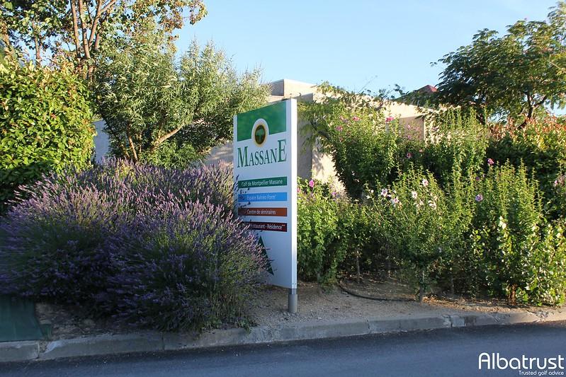 photo du golf Golf de Montpellier Massane - Parking