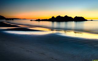 Bilde av Plage des Chevrets. sunset beach saint malo bretagne france long exposure night orange sea trip holiday golden
