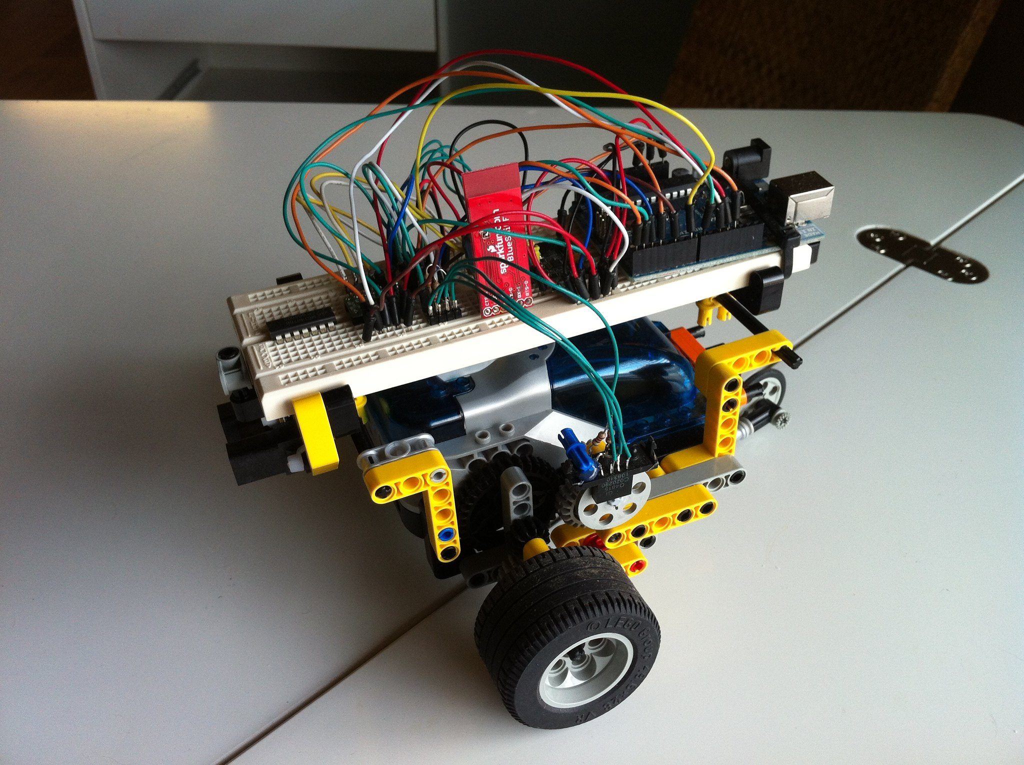 Arduino lego and bluetooth flickr photo sharing