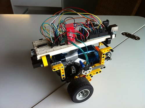 Arduino, LEGO, and Bluetooth
