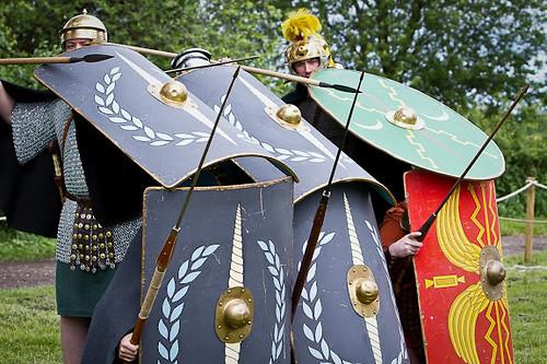Romans_Flag_Fen-58[1]