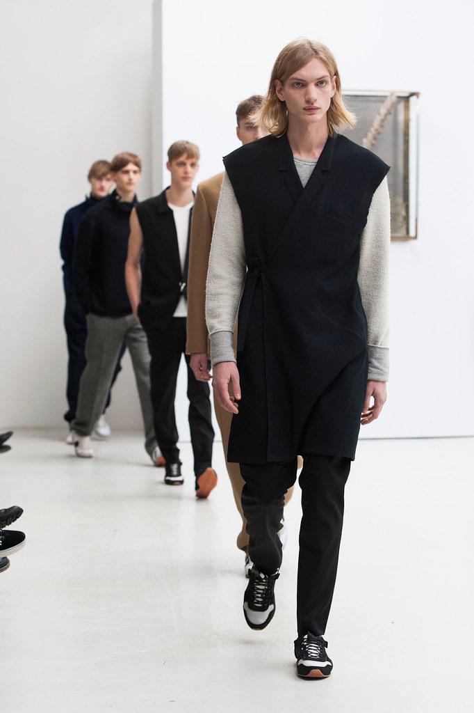 Paul Boche3468_FW13 Paris Tillmann Lauterbach(fashionising.com)