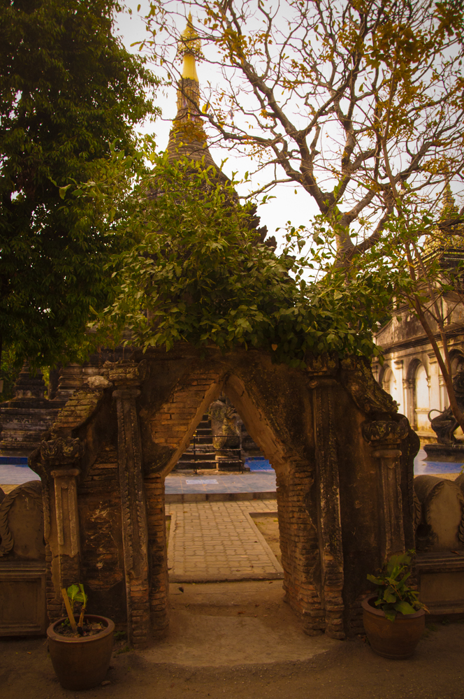 Chedi Entrance, Wat Pa Pao