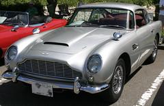 automobile(1.0), vehicle(1.0), aston martin db4(1.0), aston martin db6(1.0), aston martin db5(1.0), antique car(1.0), classic car(1.0), land vehicle(1.0), coupã©(1.0), convertible(1.0), sports car(1.0),