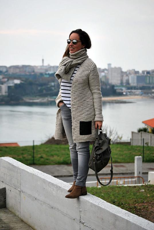 outfit-pantalon-gris