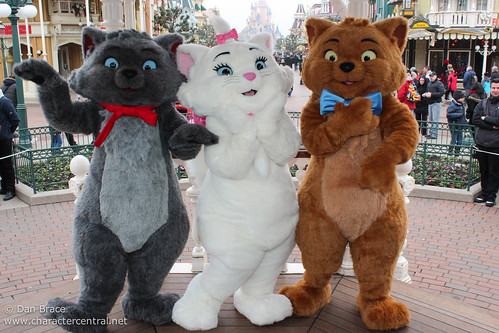 Meeting the Aristocats!
