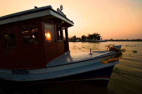 sunset sky people nature river thailand island boat nikon dusk culture d3 nonthaburi totallythailand