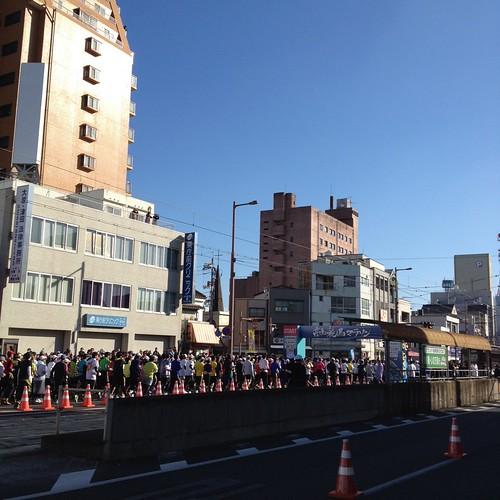 高知龍馬マラソン9時にスタートしました by haruhiko_iyota
