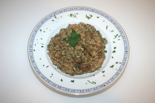 35 - Maronen-Steinpilz-Risotto / Chestnut porcini risotto - Serviert