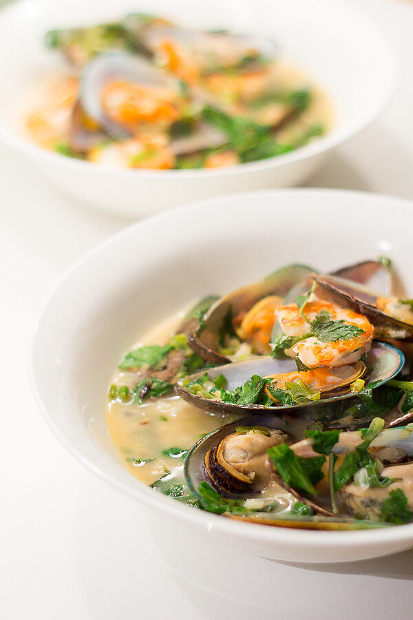 Vietnamese Mussels & Prawns in Spicy Coconut Sauce