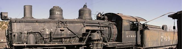 Viejo Tren de Vapor que se usaba para la minería. Hoy en día está en el museo de la mina de Madrid ... y nos recuerda lo importante que fueron aquí esas minas. Madrid, la renacida ciudad fantasma - 8597368625 ac8f72ffd6 z - Madrid, la renacida ciudad fantasma