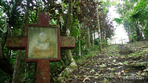 Siquijor: Stations of the Cross in Camp Bandilaan