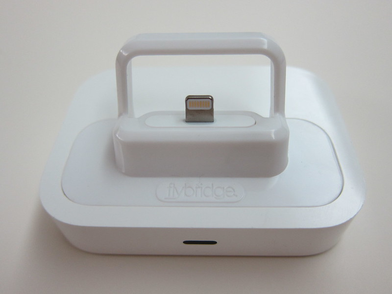Flybridge - Compatible With The Apple Universal Dock