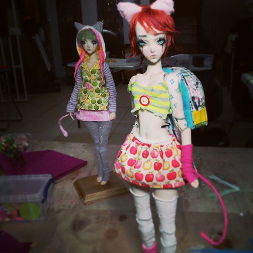 Candy Pop girls. One of them have a cutsey backpack by FHdolls