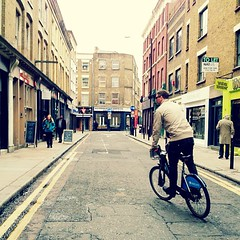 Shoreditch hipsters be hating on the #BorrisBike. @samcullum