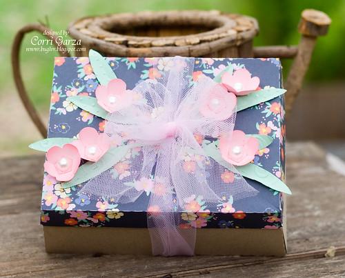 SVG-Cuts-gift-box