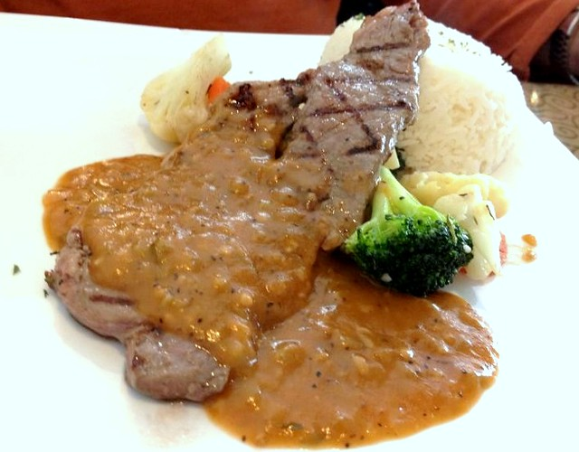 Sirloin Steak with Garlic Sauce