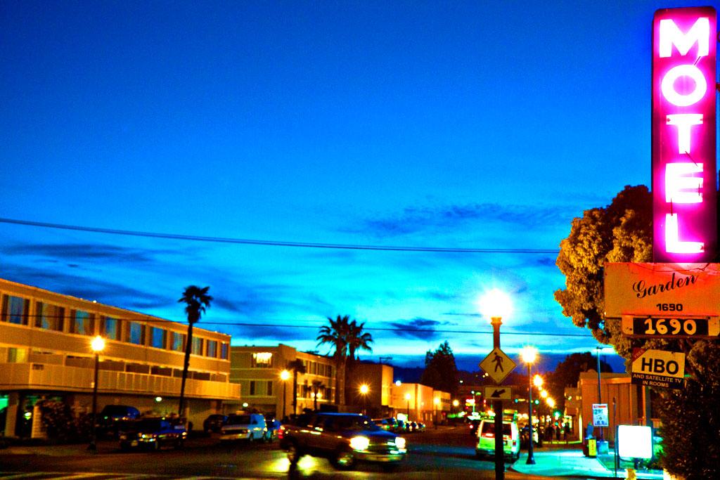 Garden-Motel--Redwood-City
