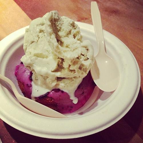 Fonuts Ice Cream Sundae