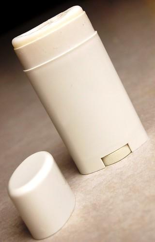 a simple DIY :: aluminum free toxin free deodorant