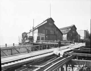 Pier 9, 1935