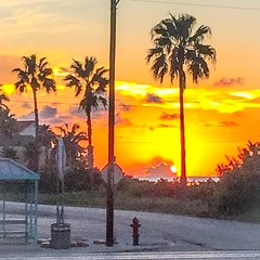 A South Padre Island, Texas sunset. #skiesoftexas #texasislands #spitexas #texassunsets