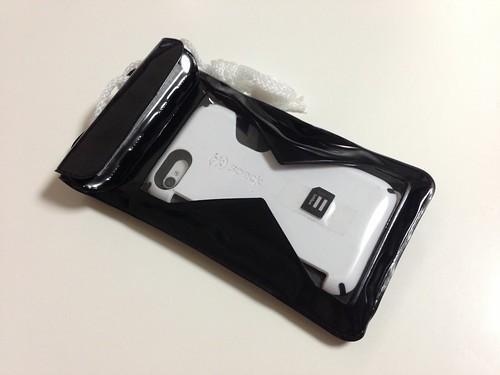 iPhone4S収納裏