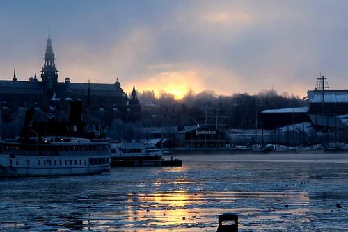 Morgonljus över Nybroviken