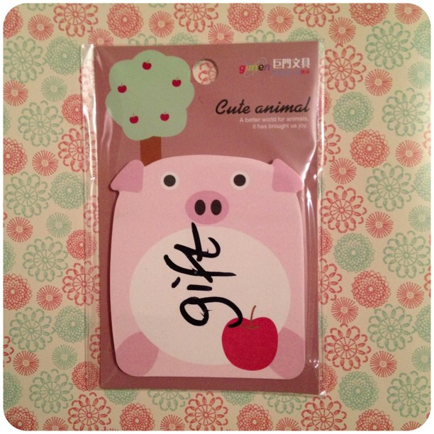 Of all the free gifts I could have had :'( #pig #postitnotes #yozocraft #stationery #snailmail