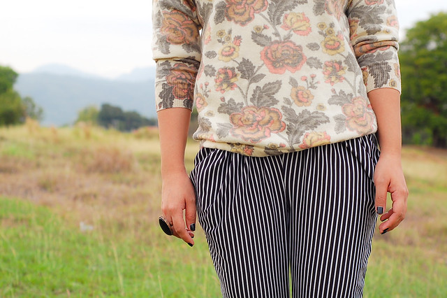 Floral + Vertically Pinstripe pants